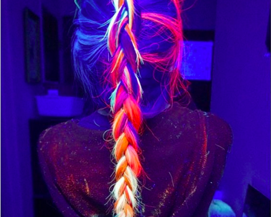 enhanced 24197 1453051993 1 531x426 - OMG, Yes, You Can Totally Make Your Hair Glow-In-The-Dark Now